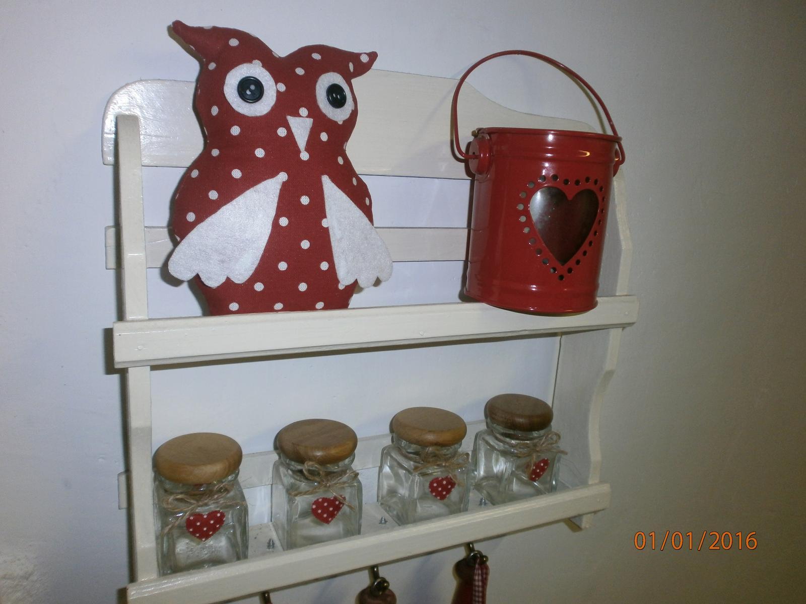 Šitie pre radosť a potešenie - dekoracne sovicky v cervenom