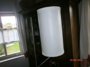 inspiracia -  stara lampa po mojich rodicoch, uz ma miesto u na na chalupe
