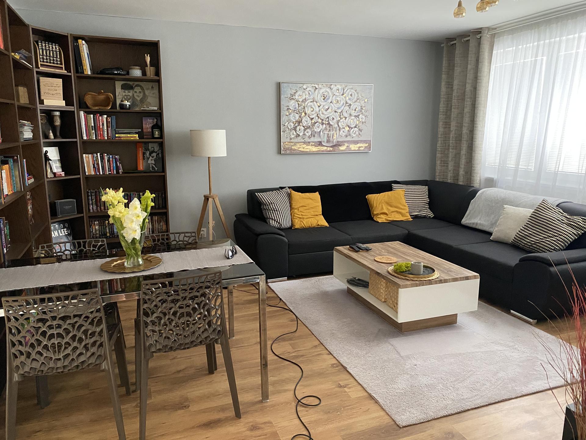 Rekonštrukcia dom kocka - Obývačka po rekonštrukcii