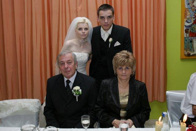 Henrieta Bošanská{{_AND_}}Pavol Lukačovič - My a Paľkovi rodičia :)