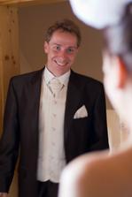 tu ma prvykrat uvidel v svadobnych satach...