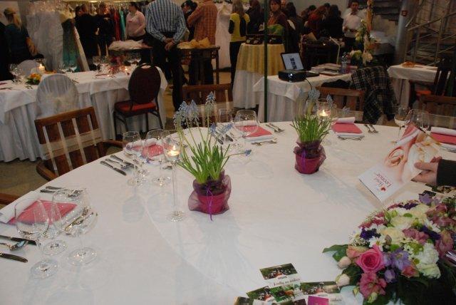 Svadobny Veltrh 2009_vyzdoba_stolovanie_kvety - Obrázok č. 13