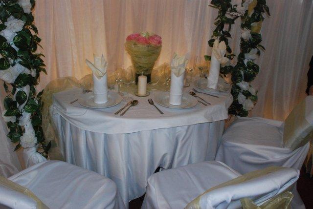 Svadobny Veltrh 2009_vyzdoba_stolovanie_kvety - Obrázok č. 52