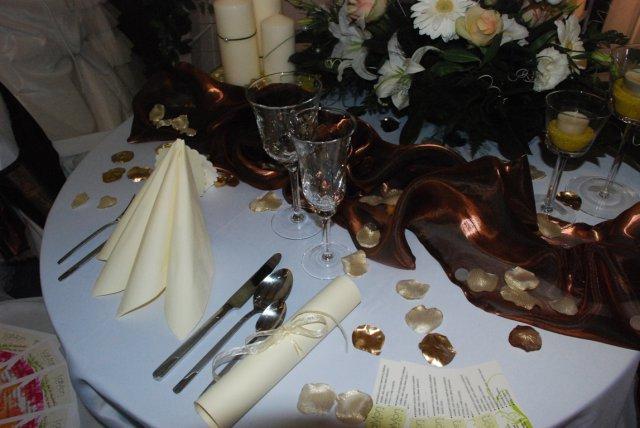 Svadobny Veltrh 2009_vyzdoba_stolovanie_kvety - Obrázok č. 58