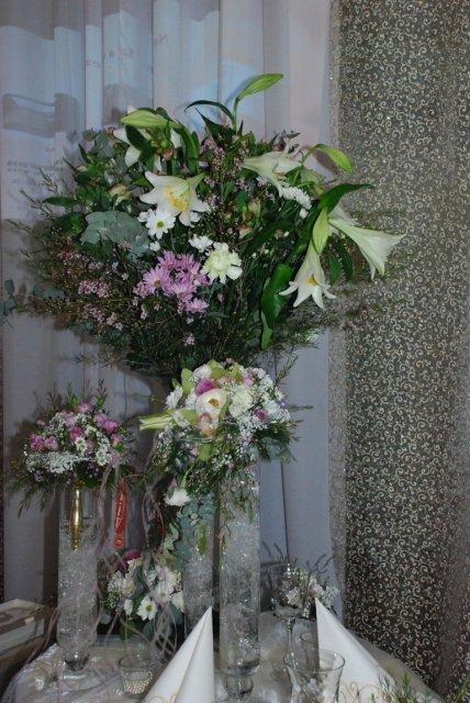 Svadobny Veltrh 2009_vyzdoba_stolovanie_kvety - Obrázok č. 62