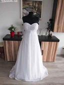 Pohodlné svatební šaty, 38