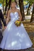 Svadobné šaty a doplnky, 38