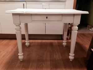 Starý stůl po úpravách :)