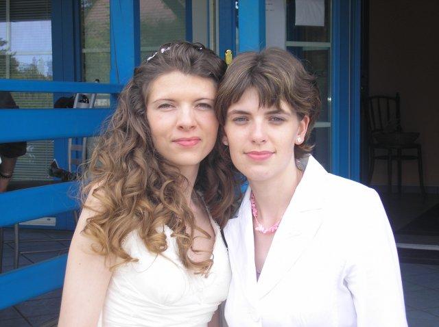 Radka{{_AND_}}Petr - s moji sestrickou a zaroven svedkyni :o)