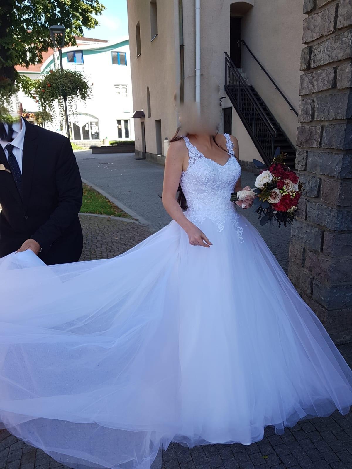 Svadobné šaty veľ 34-36 - Obrázok č. 1