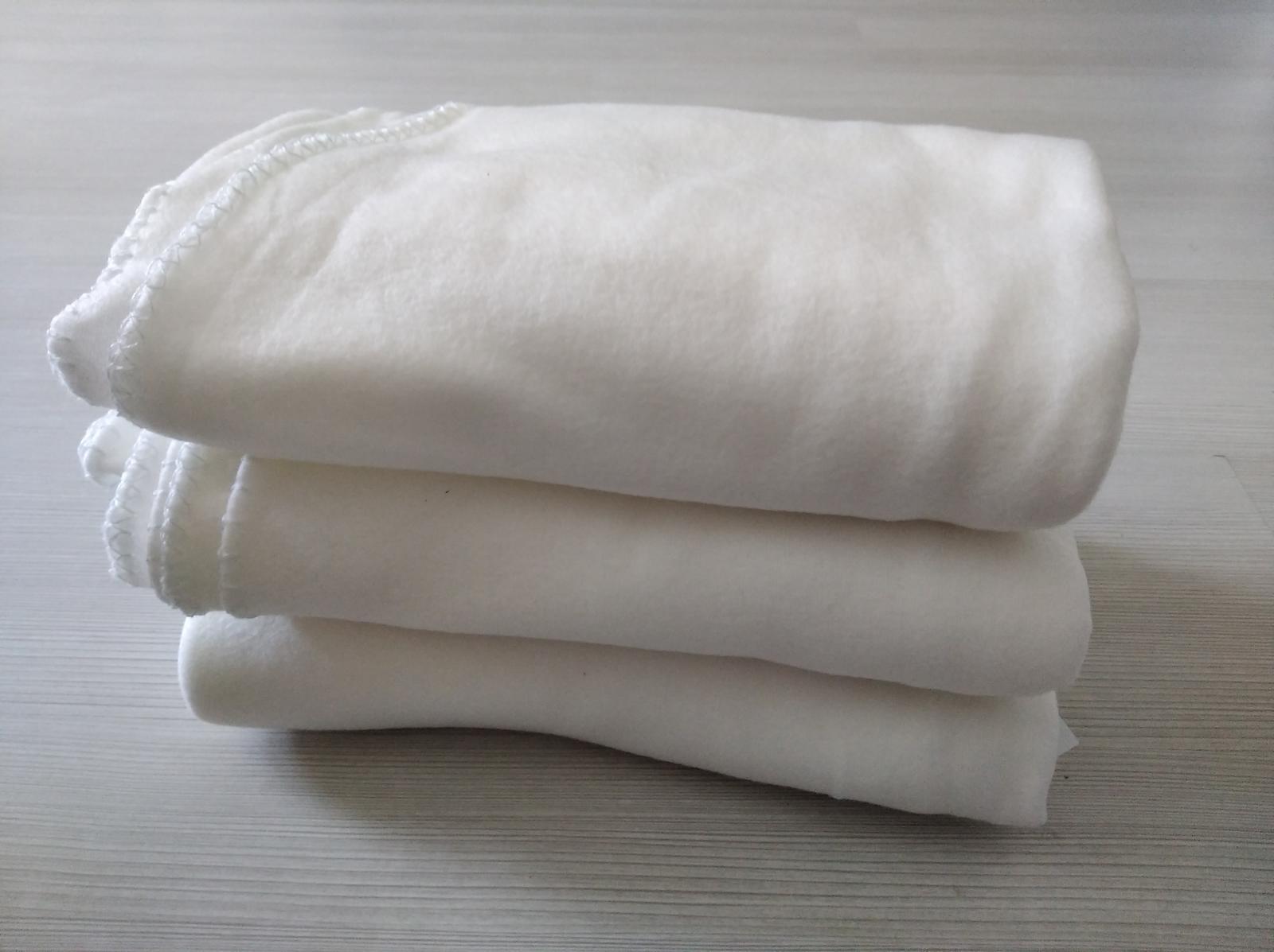 fleecové deky na svatbu - bílé, 3 kusy - Obrázek č. 1