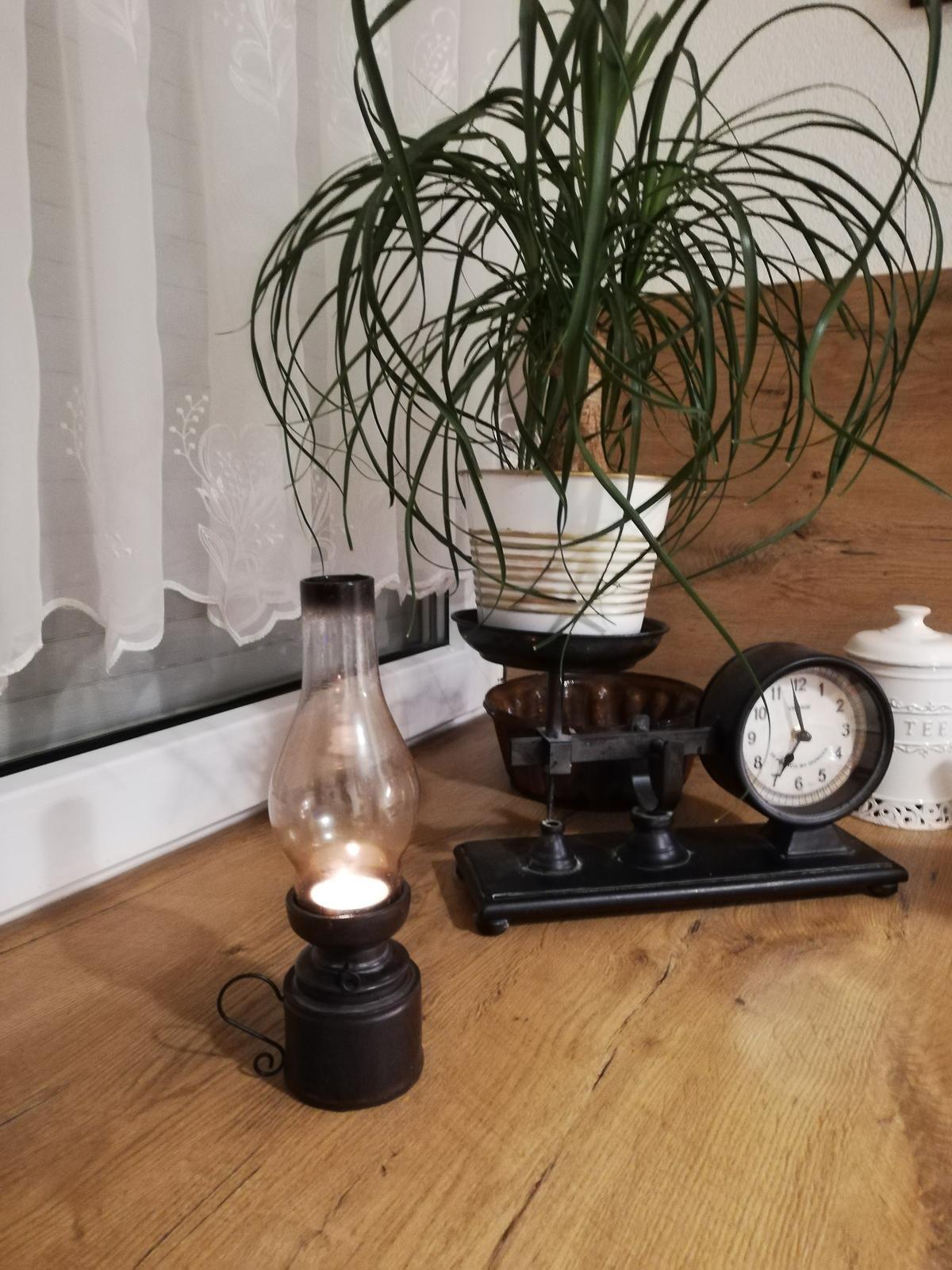 Nostalgická petrolejová lampa s uškom - Obrázok č. 1