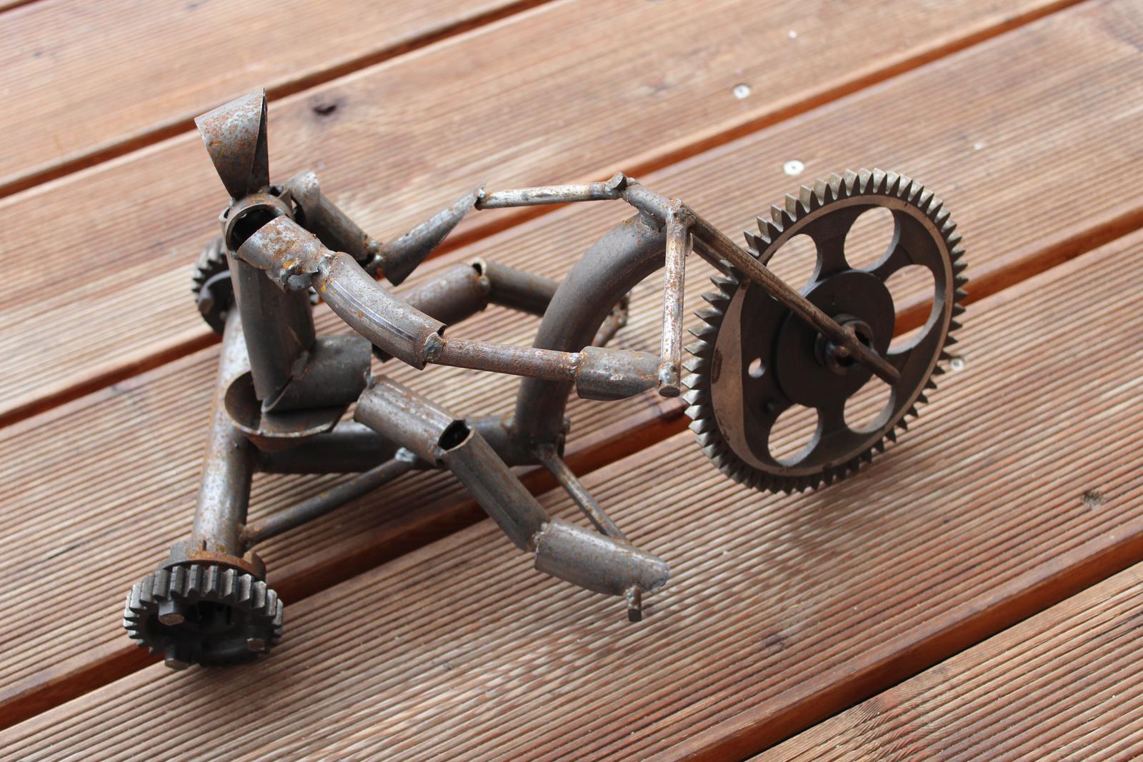 Motocykel s jazdcom - Obrázok č. 1