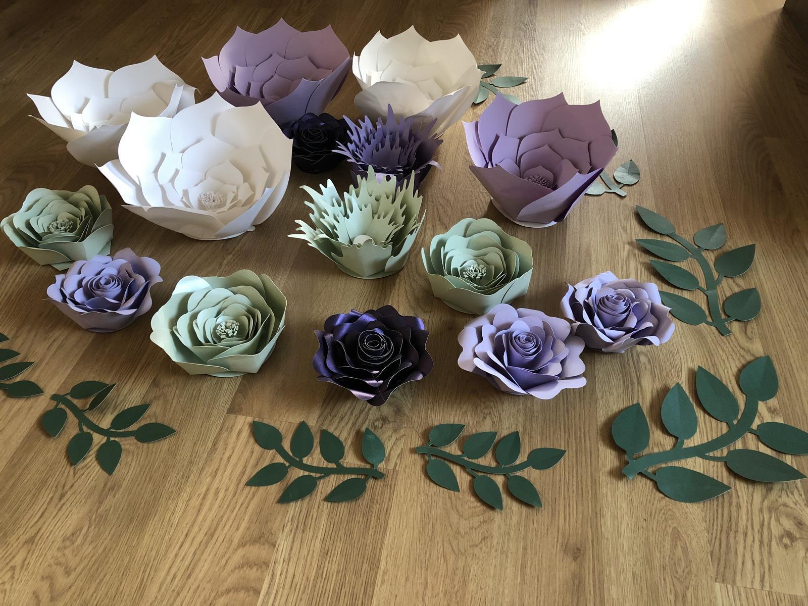 Papírové květiny - Obrázek č. 1