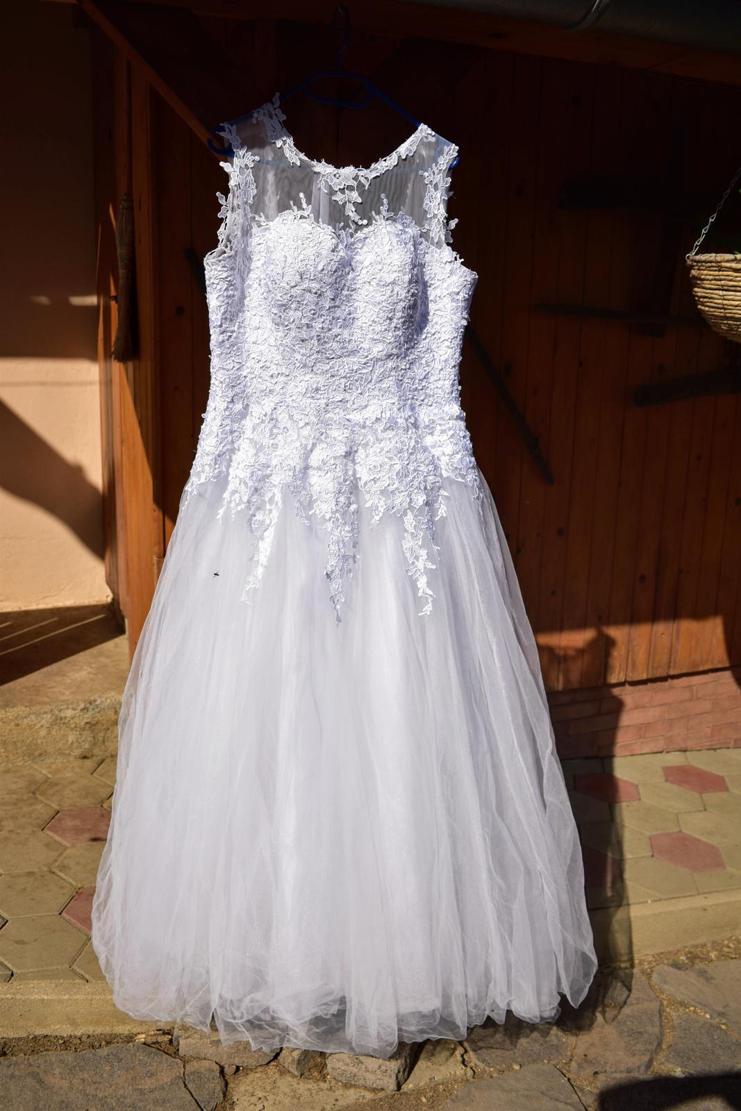 svadobné šaty 42-46 - Obrázok č. 1