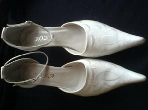 Tak to jsou moje botičky :-) od ťamanů za 200,-- kč