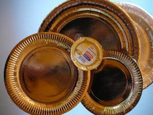 zlaté talíře na prasátko a popelníky!!!