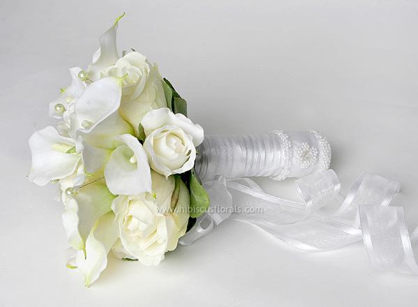 Květiny - absolutní vítěz, jen méně stuhy a více zeleného..