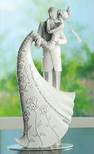 Přenádherná soška..tu bych možná chtěla i koupit (dá se půjčit), ale byla by nádherná i na památku na poličku :)