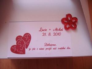 Detail štítku na krabičce...