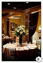 krásny stôl