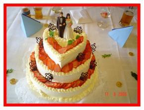 Náš svatební dortík mňam mňam