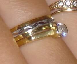 snubní a zásnubní prstýnek (prostředek z bílého zlata se točí) Primossa