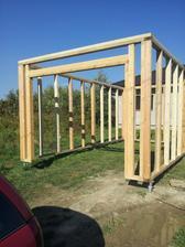 Konštrukcia garáže hotová
