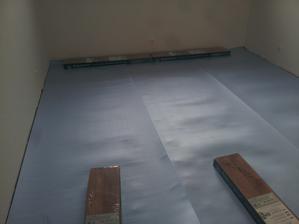 príprava na pokládku podlahy v spálni