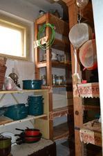 komora, ktorá sa bude rušiť na jej miesto pribudne schodisko na poschodie :-)