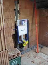 27.5.2012 - horní koupelna - geberity usazené