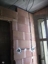 27.5.2012 - a začínáme tahat elektriku :-))))