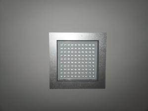 10.5.2013 - led světla v ložnici