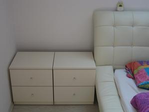 03/2014 - v ložnici nové noční stolky vyrobené na míru