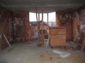 Pohled z obýváku na budoucí kuchyň, která bude úúúúplně jiná než dle projektu :-) - 4/2011