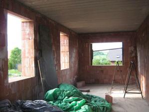 A další oooobr změna v projektu, zazdili jsme garáž - 20.5.2011