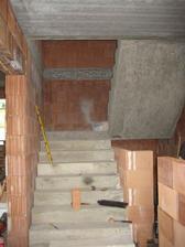 Nakonec jsme ještě rozšířili schody - 2.7.2011