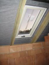 Konečně už máme i střešní okna :-) 10.10.2011