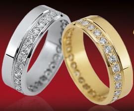 V žlutém zlatě :-) Vybral manžel..máme je už 5 let a naprostááá spokojenost!!