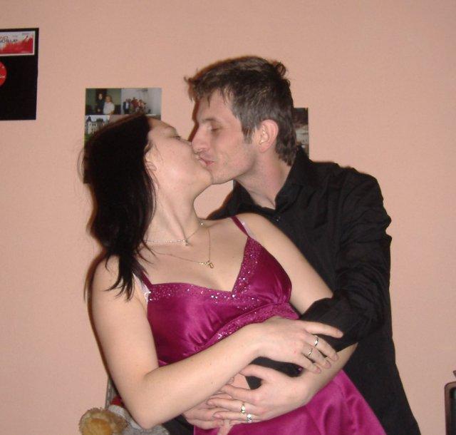 Nika a Ferko 29.3.2008 - ...taaaakto sa veľmi milujeme...