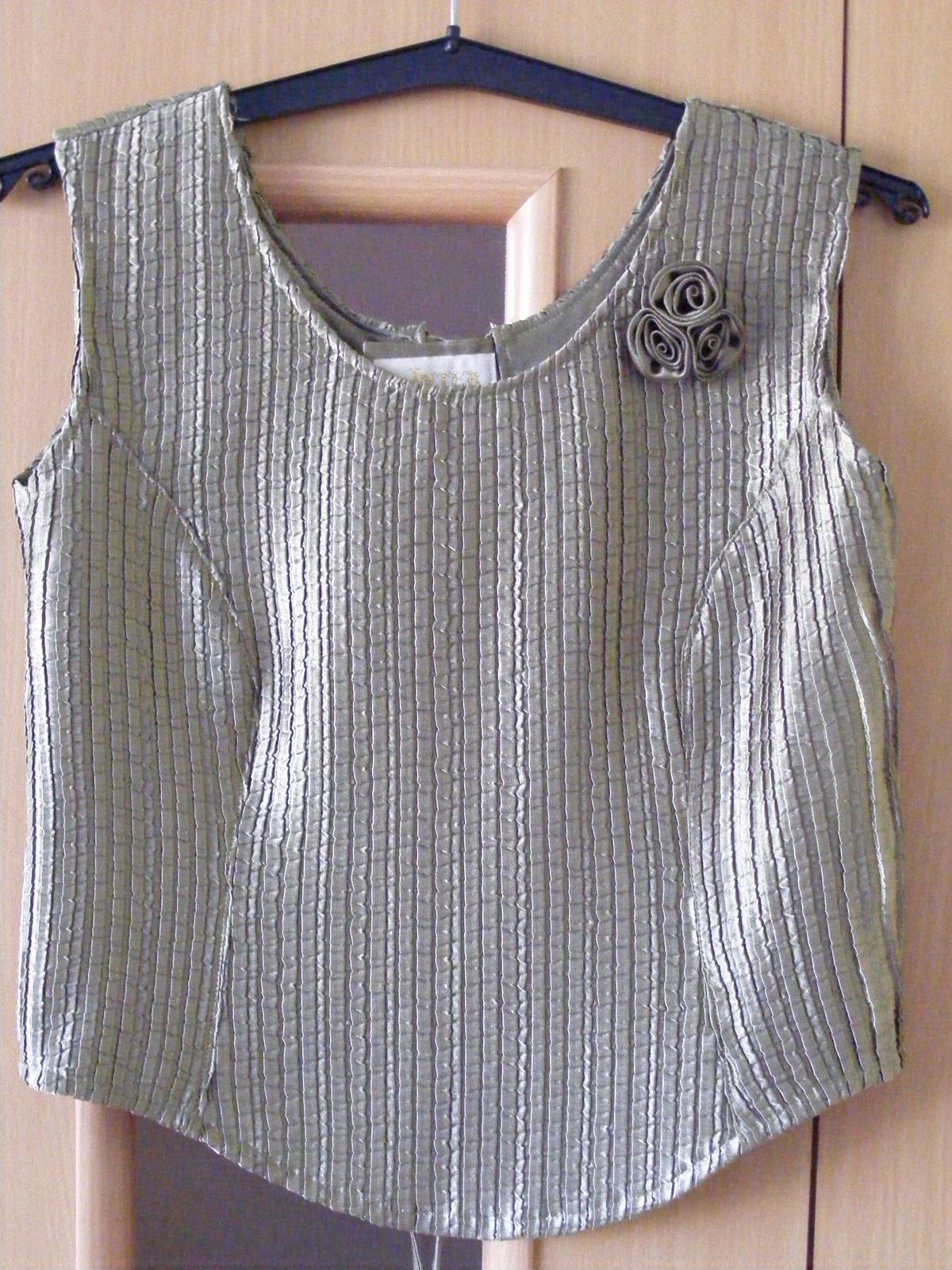 Tmavozelené korzetové šaty - Obrázok č. 1