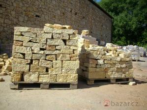kamení k tomu dvě tatry hlíny a jsem nejštastnější Jaruška