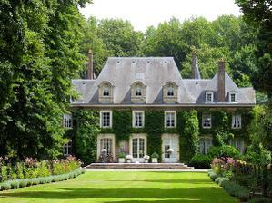 Chateau de sotteville, france.............krásný domeček