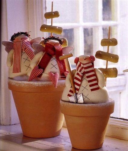 Vánoční čas - tohodle sněhuláčka mám rozešitýho už z loňska, nedopadlo to no