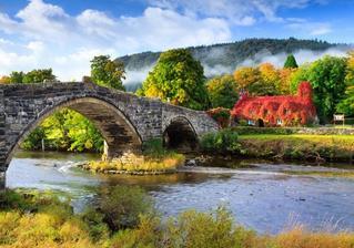 Wales, domeček na podzim