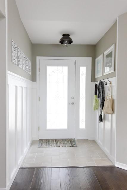Vstup, hala a pak dveře, kliky a jiné detaily - Bílá je moje láska