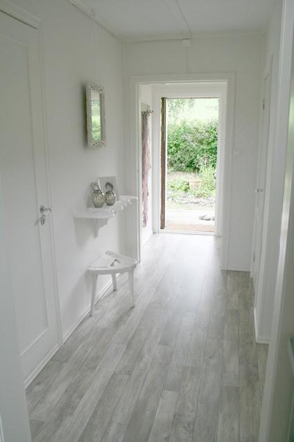 Vstup, hala a pak dveře, kliky a jiné detaily - Obrázek č. 117