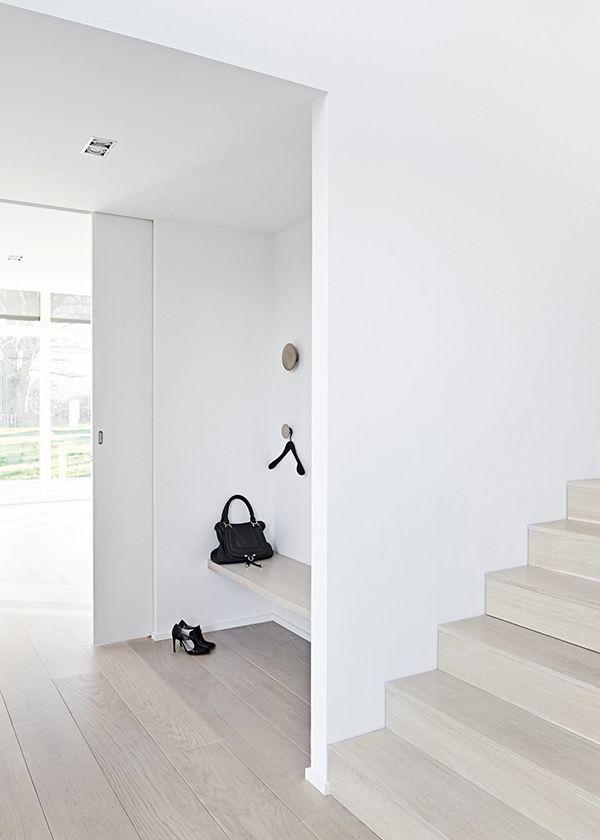 Vstup, hala a pak dveře, kliky a jiné detaily - Obrázek č. 112