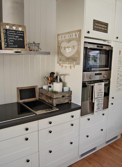 Hledám se - Kuchyň bych chtěla moderní, ale toto mi je blízké.