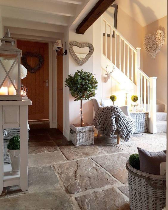 Vstup, hala a pak dveře, kliky a jiné detaily - Obrázek č. 137
